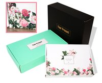 Wholesale New Fashion Good Quality Apparel Clothing Paper Boxes Gift Box White Color Flowers Floral Present Boxes