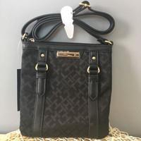 Wholesale Good Messenger Bags - Free shipping-2017 new style women good quality light canvas plaid zipper portable cross body bags messenger bag