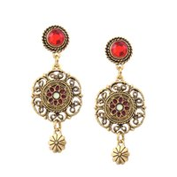 Moda Retro Court wind Women Temperament Elegant Hollow Out padrão Inlaid drill Sparkle Geometry Earring