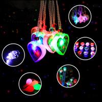 ingrosso giocattoli morbidi della gelatina-Cartone animato Light-Up Soft Jelly Bracelet Anelli Spilla LED lampeggiante Sticks Giocattoli Compleanno Glow Party Supplies