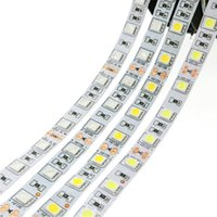 2017 New LED Strip Light 5050 SMD 60LED M Non Waterproof Amber Color Flexible LED Light Tape para sinal de carro