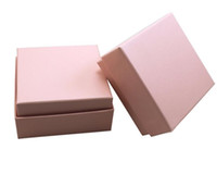 rosa box ohrringe großhandel-7,3 * 7,3 * 3,5 cm Weiß Rosa Box Für Schmuck Halskette Anhänger Geschenk Verpackung Boxen Ring Ohrring Carring Fällen G1162