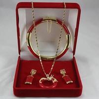 ingrosso braccialetti di giada gialla-2017 Fine Jewellery Set di ciondoli con ciondolo a forma di orecchino rosso e oro giallo 18 carati