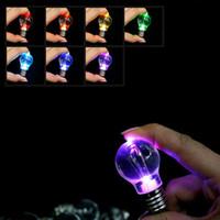 led mini flaş hafif anahtarlık toptan satış-Araba Anahtarı Aksesuarları Yaratıcı Renkli Değişen LED Ampul Anahtarlık Araba Oto Mini Flaş Lambası Anahtarlıklar Anahtarlık Dekor Chritmas Noel Hediyesi