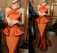 ingrosso donne di vestito arancione di modo-Sirena di pesca di immagine reale Abiti da sera di moda Brillante arancione increspato Satin Cross Neck Piano Lunghezza abiti da festa per le donne economici Prom Dress