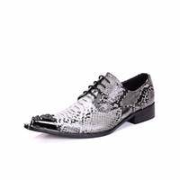 zapatos de vestir de piel de serpiente de los hombres al por mayor-Zapatos de cuero genuino de los hombres zapatos de negocios con cordones de piel de serpiente del dedo del pie puntiagudo hombres Oxfords banquete de boda zapatos de vestir formales para hombre pisos