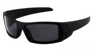 gafas de sol clasicas negras para hombre. al por mayor-MOQ = 10PCS Marco del verano nuevas gafas de sol gafas de sol de color Negro hombres del estilo clásico de buena calidad Acrílico Llama la lente el envío libre