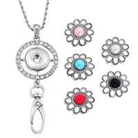 inlaid pearl pendant Canada - Round Shape Interchangeable Snap Button Keychain Charm ID Badge Holder Necklace Pendant With 5 Color Flower Inlaid Pearl Snap Button N174S