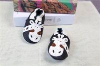 Wholesale Shoes Style Girl Feet - Children Baby Kids Girl and Baby Boy Shoes Print The Giraffe Cartoon Style Baby Fist Walkers For Learning Kids Perfrct to Protect Foot