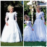 Wholesale Medieval Dresses For Girls - Hot Sales Medieval Flower Girl Dresses For Weddings White A Line Floor Length Pageant Prom Dress Bubble Long Sleeves With Bow Custom Made