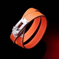 Wholesale Fashion Tv Europe - In the sale of leather bracelets, women's jewelry, fashion gifts in Europe and America, lovers free delivery