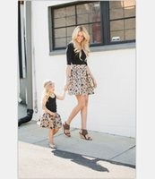 Wholesale Girls Autum - Mother and dauther clothing fashion girls petals printed princess skirt womens zipper all-match skirt 2017 new family autum clothes T4559