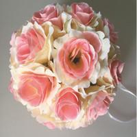 blumenkugeln für hochzeitsdekorationen großhandel-Festliche künstliche Seidenblume Rose Balls Hochzeit Herzstück Pomander Bouquet für Hochzeit Dekoration dekorative Blumen 13 Farbe