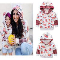 Wholesale family hoodies - 2017 Mother And Daughter Clothes Summer Floral Hoodies Family Dress Alikes Fashion Cotton Hooded Outwear Boutique Sweatshirts Clothes