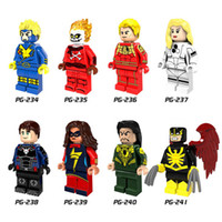 120pcs Mix Lot Super Heroes Série Minifig Strange Invisible Woman Capitaine America Iron Man Superman PG8065 Mini Building Blocks Figures