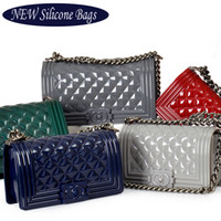 Wholesale Candy Soft Silicone Purse - 2017 Hot Jelly Bag Brick Vintage Silicone Candy Handbag Quilted Purse Women Ladies Chain Messenger Bag Block Style - M008