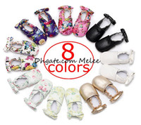 Wholesale Wholesale Kid Heel Shoes - New style Ins Kids Floral print First walkers Princess baby shoes cute bow baby candy Ballet shoes Newborn Girls mocassins Soft Soled