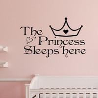 dekor teklifi toptan satış-Ev Duvar Sanatı Prenses burada uyur duvar çıkartmaları ev dekor sanat alıntı yatak odası duvar kağıdı duvar sticker