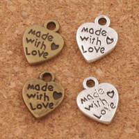 encantos feitos amor pingente venda por atacado-Feito Com Amor Coração Charme Beads Pingentes MIC 9.7x12.5mm de Prata Antigo / Bronze Moda Jóias DIY L319