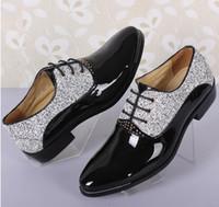 sapatos casuais para homens venda por atacado-Mais recente dos homens Sapatos De Casamento Dos Homens Apontou Design Sapatos De Couro Único Homens Casual Lace-up Oxford Evening Vestido Formal Sapatos 3NX8
