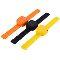wrist watch mp3 도매-Wholesale- Sports Wearable 소형 시계 Mp3 음악 플레이어 팔찌 손목 Mp3 선수 승 / 마이크로 TF 카드 패션 선물