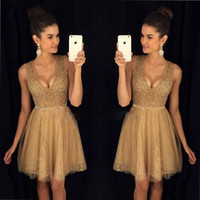 Gold Scoop Neckline Little Short Homecoming Dresses Кристаллы вышитый бисером Top Line Tulle Lace Short Prom Коктейльные вечеринки Gowns Cheap Vintage