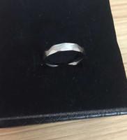 ingrosso migliore ferro caldo-Gli uomini caldi di vendita di alta qualità suona gli ingegneri all'ingrosso di modo l'anello di ferro vendita per il migliore regalo di San Valentino
