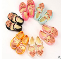 Wholesale Jelly Heart Sandals - Melissa jelly shoes Girls love heart cookies soft bottom princess single shoes children flat beach sandals girls fragrance sandals T4496
