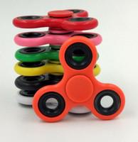 juguetes para mas al por mayor-Más colores ABS Metal Tri-Spinner Fidget Juguete de plástico EDC Hand Spinner Para autismo y TDAH Ansiedad Alivio del estrés Juguetes para niños Regalo