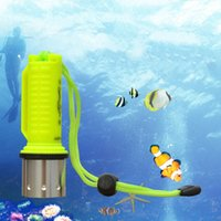 Mini Portable Professional Diving Lampe de poche Bright LED Submarine Light Scuba Torch LED Torches Alliage d'aluminium + Plastiques 50m Beam Range