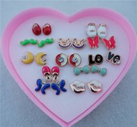 12pairs / lot Random Mix Styles Enamel Rose Gold Stud Earrings Mulheres Meninas Friendly Jewelry With Heart Box