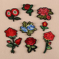 ingrosso bellissimi abiti ricamati-Bella rosa floreale colletto Stick Patch Applique Distintivo ricamato Busto Abito fatto a mano ornamento Ornamento tessuto adesivo ER740