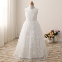 photos belles filles réalistes achat en gros de-Hot Real Girl Robe de beauté Robes Lace White Flower Girl Robes Elegant Amazing Beautiful Girl's Party Gowns