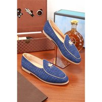 Wholesale Boys Korean Shoes - The New Korean Brand Luxurious Men's Casual Shoes Suede Loafers British Boy Toe Shoes Lazy Tassels Shoes Honeybee Sneakers