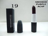 purple lipstick großhandel-Make-up NEU Hight Qualität MATTE Lipstick 3g mit englischem Namen Lippenstift geraucht lila