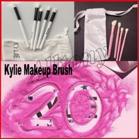 Spazzola Kylie Set Spazzole Collection Collection Limited Edition Kylie set 5 pz. Di Kylie Cosmetic Makeup SPEDICE TUTTO 20 compleanno 4pcs spazzola