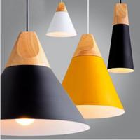 abat-jour en aluminium achat en gros de-Lampes suspendues nordiques en bois lamparas aluminium coloré suspension abat-jour luminaire salle à manger restaurant lumières lampe suspension