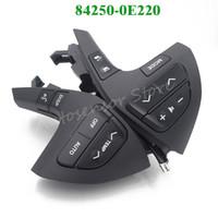 volantes de toyota al por mayor-Alta calidad 84250-0E220 Bluetooth volante interruptor de control de audio para 2011-2013 Toyota Hilux 2.7L L4 84250-0K020,842500E220 negro