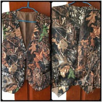 Wholesale Camo Vests - 2017 New V Neck Camo Mens Wedding Vests Outerwear Groom Vest Realtree Spring Camouflage Slim Fit Mens Vests(Vest+Tie)