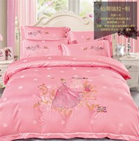 Wholesale Girls Pink Duvet - 2017 Exquiste embroidery King Queen 4 pcs Bedding set For your Girl,pink Purple Duvet Cover Set