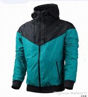 chaquetas al por mayor-Envío gratis otoño fino windrunner hombres mujeres ropa deportiva de alta calidad tela impermeable hombres chaqueta deportiva moda cremallera con capucha más el tamaño 3XL