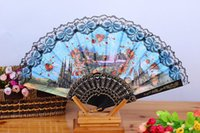 Femmes espagnoles Peintures Floral People Scenery Tissu en soie Folding Hand Fan pour danse Home Office Wall DIY Décoration) Assorted Color Size 9