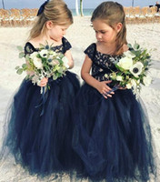 Wholesale Navy Blue Little Girls Dress - Navy Blue Lace 2018 Arabic Flower Girl Dresses Cheap Ball Gown Tulle Child Wedding Dresses Vintage Little Girl Pageant Dresses FG09