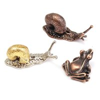 украшения ручной работы оптовых-Wholesale- New Red Copper Alloy Animal Toad Snail Incense Burner Holder for Incense Sticks Handmade Craft Ornament DIY Home Decoration