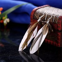Wholesale Beautiful Feather Earrings - 2017 New Arrival Fashion Vintage Feather Long Drop Earrings For Women Beautiful Earrings Birthday Gift