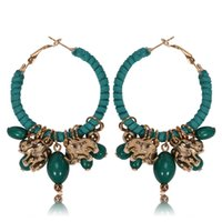 Barato Brincos Aros Contas Vermelhas-Bohemia Style Little Hoop Alloy Earrings For Women Red / Green / Black / White Color Elephant Beads Pingente Pingentes Twining Round Suede Earrings