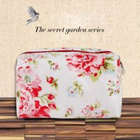 Wholesale Cosmetic bag large capacity wash handbag Printing type portable travel waterproof zipper storage bags high quality Makeup Bag For Women