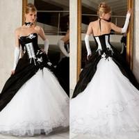 viktorianische kleider großhandel-Vintage Black And White Ballkleider Brautkleider 2019 Heißer Verkauf Backless Korsett Victorian Gothic Plus Size Hochzeit Brautkleider Günstige