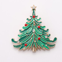 Wholesale Wholesale Cheap Rhinestone Buckles - Wholesale- Christmas Tree Gold Plated Costume Brooch Cheap Red Rhinestone Christmas Brooches Lot Collar Clip For Scarf Buckle