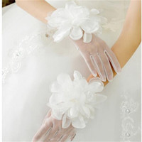 I nuovi guanti principessa sposa con i fiori Finger romantico Wedding Accessories Stock Elegant Wedding guanti bianco / avorio